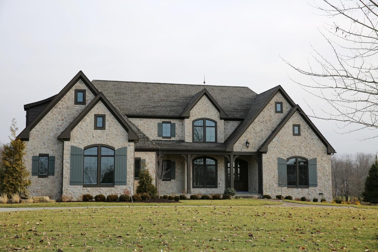 Solon oh signature of solon spec home prestige homes for Spec home builders
