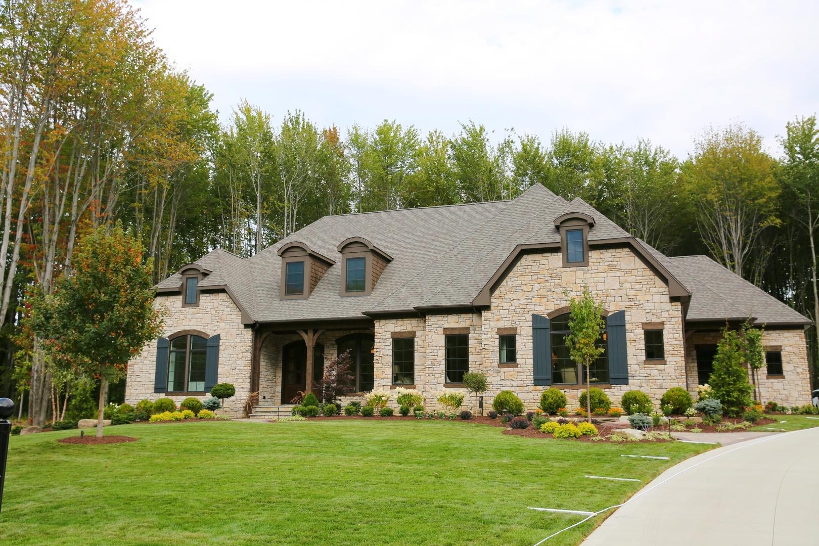 Aurora Oh Barrington Estates Lot 8 Spec Home